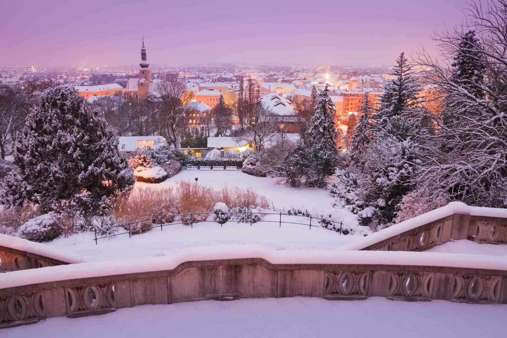 Österreich, Niederösterreich, Baden bei Wien, Kurpark, Pfarrkirche